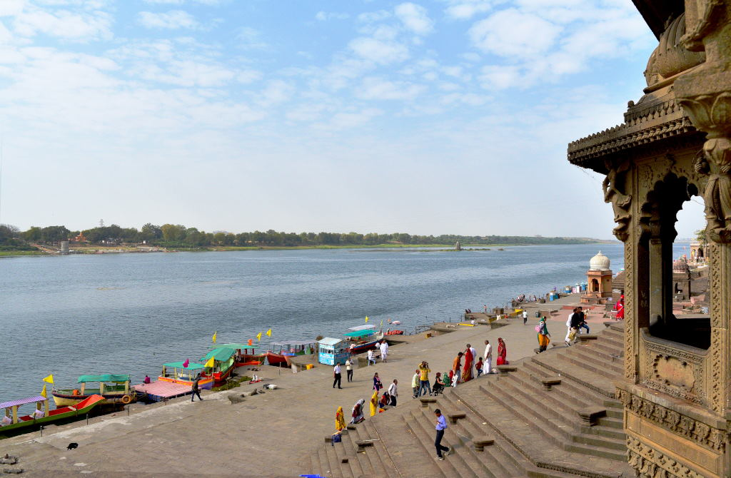 Maheshwar Fort Madhya Pradesh Narmada River Bank